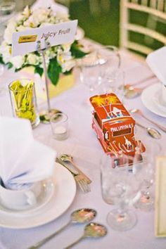 Jeepney Table Decor  Where was David Tutera? lol...this is so fun