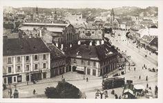 Od roku 1935 stojí na tomto mieste Manderlák. Bratislava, Scale Model Architecture, Old Street, Paris Skyline, Louvre, Europe, Building, Photography, Travel