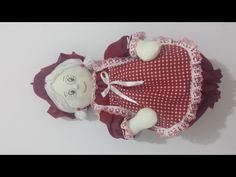 Mama Claus, Crochet Baby Shoes, Diy, Handmade Crafts, Cute Wallpapers, Lana, Make It Yourself, Christmas Ornaments, Sewing