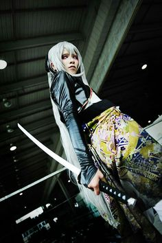 Vocaloid Len - Knife by yuegene on deviantART - cosplay Vocaloid Len, Vocaloid Cosplay, Cosplay Outfits, Cosplay Costumes, Deviantart Cosplay, Female Reference, Art Reference, People Poses, Action Poses