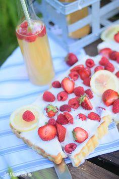 Zitronentarte mit Beeren - Lemon Tart with Berries   Das Knusperstübchen