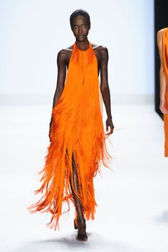 love this fringe dress from Project Runway: Look Fashion, Runway Fashion, High Fashion, Fashion Show, Fashion Design, Fashion Details, Trendy Fashion, Project Runway Season 13, Orange Mode