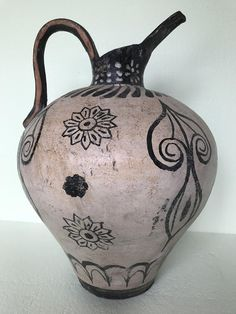 """Ancient Amphora Reproduction of Minoan Period, """"Naturalistic"""" Style"""