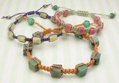 Tutorial: Beaded macrame bracelet with sliding clasp