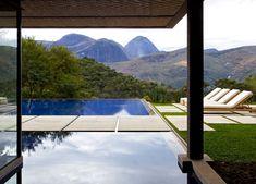 stone path across the pool | desire to inspire - desiretoinspire.net - AlainBrugier