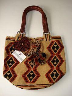 Resultado de imagen para mochilas arhuacas