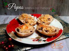 Papas rellenas con hongos, el complemento para un platillo basado en carne. Receta en este enlace http://recetas-parados.blogspot.com/2014/12/papas-rellenas-con-hongos.html