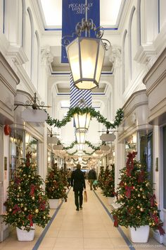 The highlights of the season can be seen in the London shopping arcades at Christmas. From Piccadilly to Mayfair, there's no shortage of festive cheer. Christmas In Britain, Christmas In England, Christmas In The City, London Christmas, Christmas Travel, Christmas Scenes, English Christmas, Christmas Shopping, London Shopping