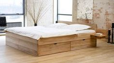 Massivholzbett mit großen Schubladen zum Verstauen. | Betten.de http://www.betten.de/Betten/schubkasten_stauraum/schubkastenbett-norwegen.html