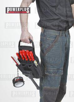 Elektriker Werkzeugtasche aus Nylon Die praktische Elektriker Werkzeugtasche besitzt 5 Außentaschen, 1 großes Hauptfach mit 8 Einlässen und eine Lederschlaufe für einen Hammer. 5 Außentaschen für Cuttermesser, Zollstock, etc. 1 Eine Lederschlaufe für ein Hammer 1 Kette mit Kleberollenhalter 1 großes Hauptfach mit 8 Einlässen für Schraubendreher, Preis: € 39,- zzgl.Versand https://www.powerplustools.de/werkzeuggurtel-und-hammerhalter/werkzeugtasche-fur-gurtel-elektriker.html