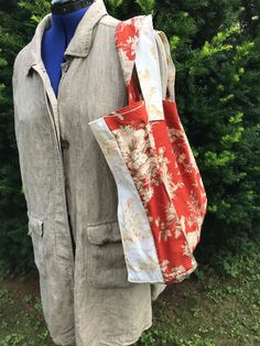 Carry All Tote Bag Toile Home Decor Vintage Fabric in Rust and Beige - open tote no zipper $(22)