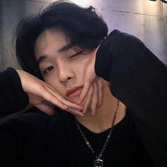 helping those rp'ers who needs to find a ulzzang to port ; Korean Boys Ulzzang, Cute Korean Boys, Korean Men, Ulzzang Girl, Korean Girl, Korean People, Cute Asian Guys, Pretty Asian, Asian Boys