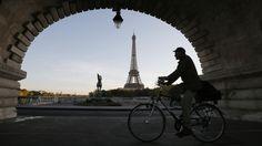 trafic paris | Cyclists Can Ignore Some Traffic Lights, Paris Announces