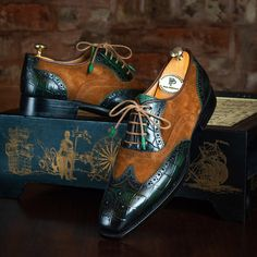 Paul Parkman Goodyear Welted Wingtip Oxfords Brown & Green (ID Brown Oxfords, Brown Ankle Boots, Black Leather Boots, Gentleman Shoes, Derby Shoes, Goodyear Welt, Men S Shoes, Luxury Shoes, Shoe Boots