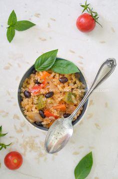 Receta 'Rissotto' Vegano de Arroz Integral: A medias entre locrio y asopao, este jugoso 'rissotto' es rico en fibras, llenos de vegetales y las proteínas de las habichuelas.