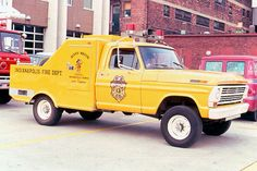 """Chemical 13 - """"Reddy Wagon"""" - 1968 Ford F-250/Ansul with 100-gallons LW and 500#'s...Indianapolis FD...."""