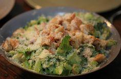 Salada caesar grande Gordon Ramsay cria versão para a famosa salada americana