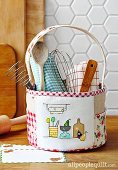 Quilts and More Spring 2017, Kitchen Caddy