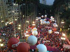Por Dentro... em Rosa: Voz ativa do teatro contra o golpe e pela democrac...