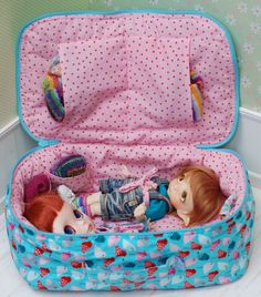 Travel Bag Sleeping Protective For Two Dolls Doll Linda Macario Case Blythe Littlefee Handmade 1/6 Bjd Dal Pullip Turquoise Pink Birds - https://www.etsy.com/listing/268674352/travel-bag-sleeping-protective-for-two?ref=shop_home_active_4