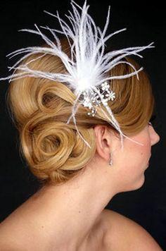 Wedding updo hair style, wedding hair tips and ideas #weddinghairstyles #hairstyles #updos #jevel #jevelwedding #jevelweddingplanning