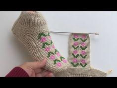 Tunus ve iki şişten çıkan muhteşem sonuç yeni tasarım patik modeli - YouTube Crochet Coat, Booties Crochet, Crochet Slippers, Crochet Baby, Easy Knitting, Knitting Socks, Knitting Patterns, Crochet Flower Tutorial, Crochet Flowers