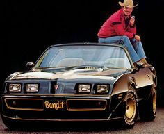1977 Trans Am - Smokey & Bandit Movie was released on Jan. 1977 and was a hit Burt Reynold's was given from Pontiac a new 1977 T Top for the Hit Movie - 1977 Trans Am was the top selling Car for that year! Us Cars, Sport Cars, Chevy Camaro, Corvette, Bandit Trans Am, Avengers Film, Carrera S, Smokey And The Bandit, Pontiac Firebird Trans Am
