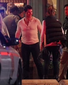 Tom Cruise Photos Photos - Tom Cruise films a scene for the new movie 'Jack Reacher' in New Orleans, LA on the night Leah Remini does an interview about Tom and Scientology on 20/20. - Tom Cruise Films a Scene For 'Jack Reacher'