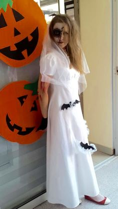 DIY Halloween costume.... Holiday Costumes, Halloween Costumes, Diy Halloween, Dress Up, Formal Dresses, Fashion, Dresses For Formal, Moda, Halloween Crafts