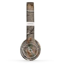 The Real Tree Camouflage Skin Set for the Beats by Dre Solo 2 Wireless Headphones