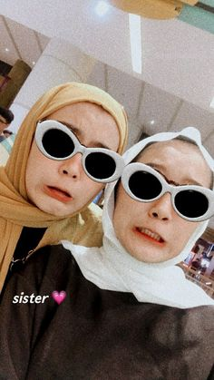 Best Friend Pictures, Bff Pictures, Best Friend Goals, Best Friends, Best Friend Photography, Modern Hijab Fashion, Aesthetic Photo, Sweet Couple, Friends Forever