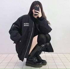 New fashion korean grunge ulzzang ideas Grunge Outfits, Edgy Outfits, Mode Outfits, Korean Outfits, Grunge Fashion, Girl Outfits, Fashion Outfits, Black Outfit Grunge, Grunge Boots