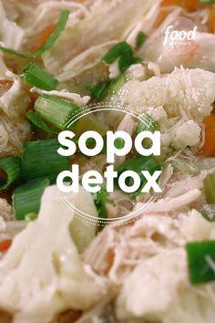 Sopa Detox Check out the Detox Soup recipe Detox Diet Plan, Cleanse Diet, Stomach Cleanse, Healthy Cleanse, Caldos Low Carb, Detox Recipes, Healthy Recipes, Quick Detox, Detox Organics