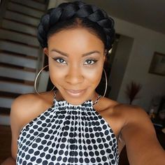 HAIRSPIRATION| Love this #flashback #halobraid on @kyairab_❤️ She used #extensions to create the braid and pinned it around her hair Perfect style to beat the heat #VoiceOfHair