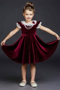 Baby Girl Party Dresses, Dresses Kids Girl, Baby Dress, Kids Outfits, Kids Frocks, Frocks For Girls, Little Girl Fashion, Kids Fashion, Kids Dress Collection