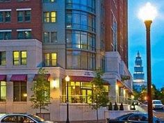 Alexandria (VA) Residence Inn Alexandria Old Town South at Carlyle United States, North America The 3-star Residence Inn Alexandria Old Town South at Carlyle offers comfort and convenience whether you're on business or holiday in Alexandria (VA). The hotel has everything you need for a comfortable stay. Take advantage of the hotel's free Wi-Fi in all rooms, car park, family room, pets allowed. Guestrooms are fitted with all the amenities you need for a good night's sleep. In s...