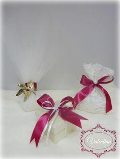 Συλλογή σε αποχρώσεις του Μπορντό! Gift Wrapping, Christmas, Gifts, Gift Wrapping Paper, Xmas, Presents, Wrapping Gifts, Weihnachten, Navidad