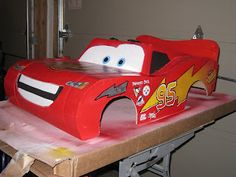 Step by step on how to make a  Lightning McQueen Costume out of cardboard