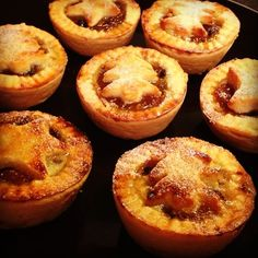 These are one of my fav treats at Christmas Yum yum yum Mince pies are delicious served hot or cold on their own or with Brandy Bu 13951 - Healthy Food Network Christmas Pies, Atlanta Buckhead, Cupcake Cakes, Cupcakes, Pie Shop, Mince Pies, Holiday Treats, Winter Time, Tarts