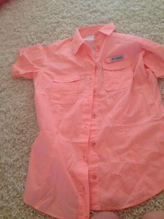 Columbia fishing shirt in peach