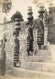 filipino tattoos ancient to modern Old Photos, Vintage Photos, Baybayin, Philippine Holidays, Philippines Culture, Filipino Culture, Filipino Tattoos, Asian History, People Of The World