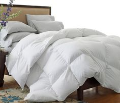 DOUBLE FILLED White Goose Down Alternative Comforter Fit King or Cal King Bed
