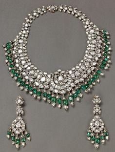 Victorian style Emerald Hanging Necklace from Bhuramal Rajmal Surana Jaipur