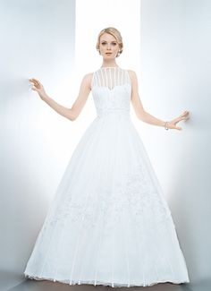 DONNA REED - Wedding Gown / 2013 Collection - by Matthew Christopher - Available colours : White & Off White