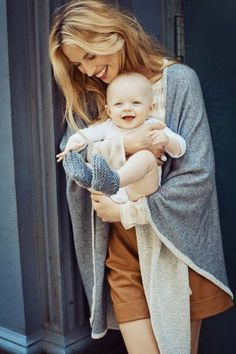 Still dreaming about this chic and insanely comfortable maternity clothes