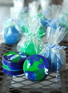 Make recycled earth crayons and blue & green play dough for an Earth Day Party!