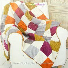 Come fare una utile coperta a maglia a quadri in stile patchwork: spiegazioni per creare quadrati ai ferri di lana morbidi e colorati.