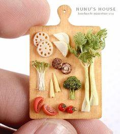 去年の定期教室の見本作品です。  #miniature #ミニチュア #instagramjapan #野菜 #野菜ジュース 飲めるよう になたよー