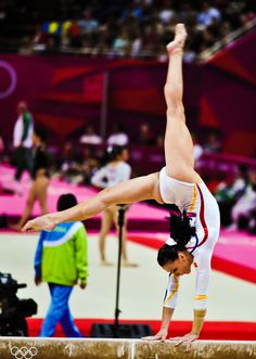 Catalina Ponor (ROM) on BB at WAG Quals in London 2012