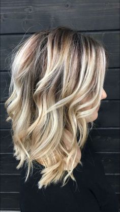 40 Most Stunning and Fashion Hairstyle for Medium Lenth Hair for This Year - Pag. 40 Most Stunning Medium Lenth Hair, Medium Length Hair Blonde, Medium Hair Styles, Curly Hair Styles, Boliage Hair, Ombré Hair, Ash Hair, Ombre Hair Color, Blonde Fall Hair Color